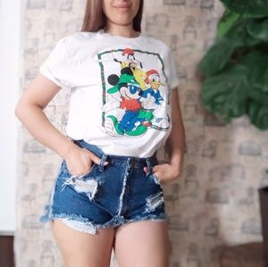 Disney Mickey mouse and friends tee size L